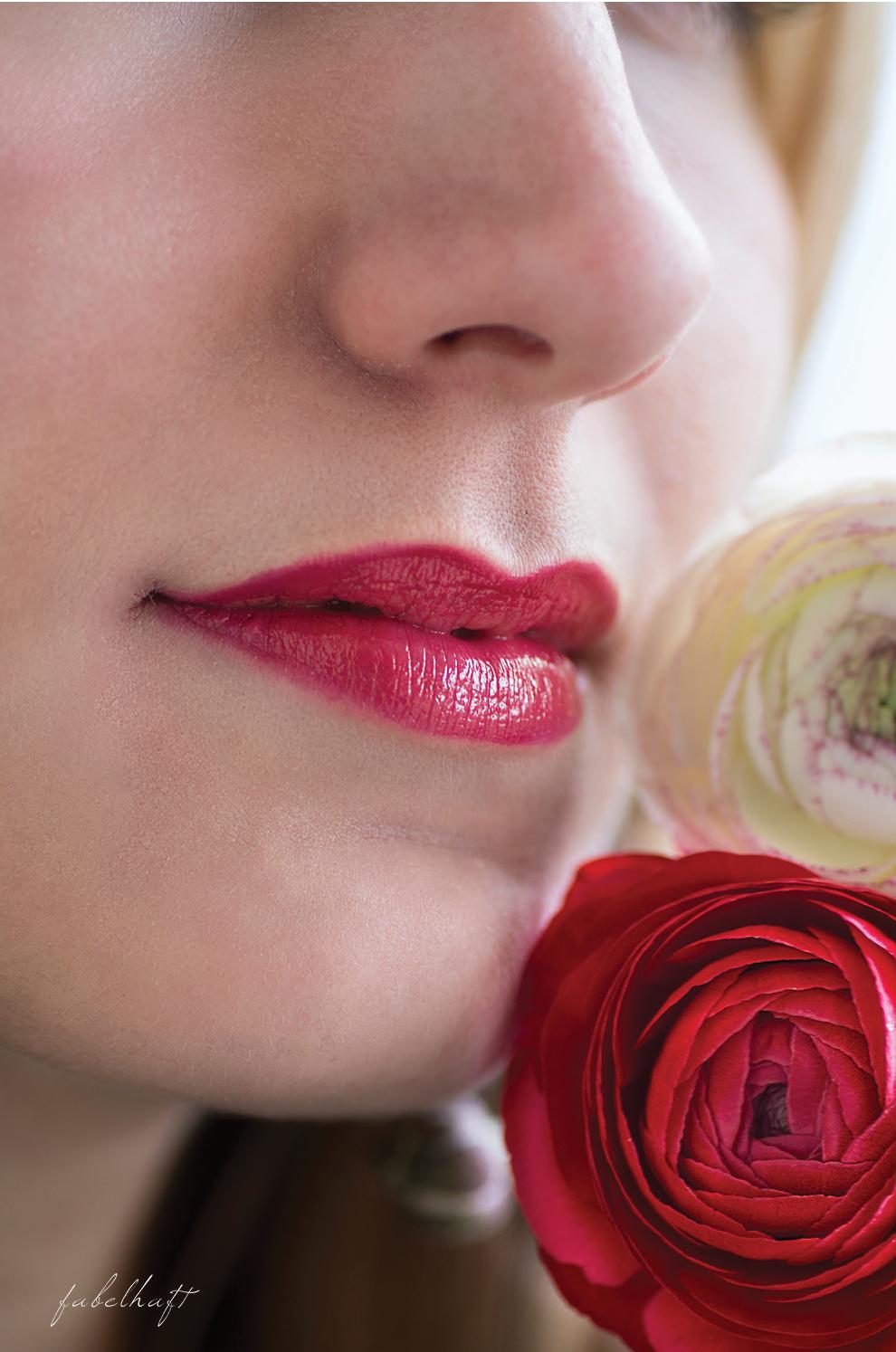 Bold Lips Red Astor
