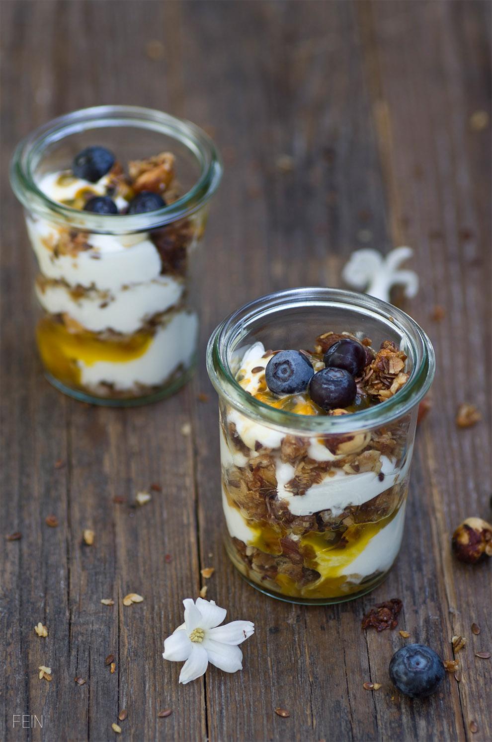 Granola mit griechischem Joghurt
