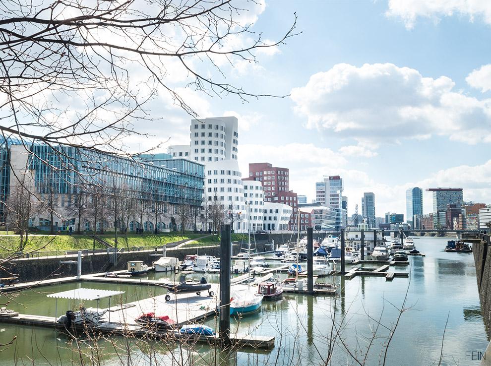 Medienhafen Düsseldorf Frank Gehry Dekonstruktivimus