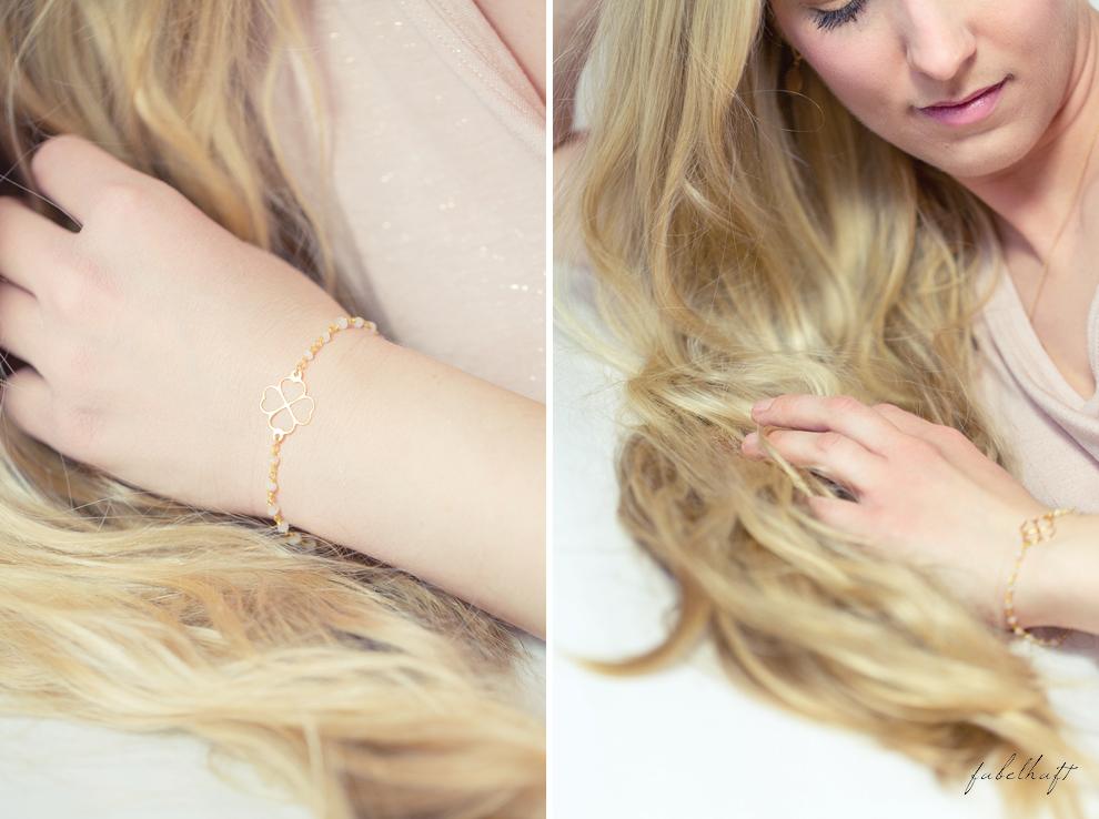 Mia&Martha Schmuckmanufaktur Gold Graphisch Kleeblatt Ohrstecker Kette Amuletten Medaillon Blond Hair Glitzershirt Lipstick MAC 2