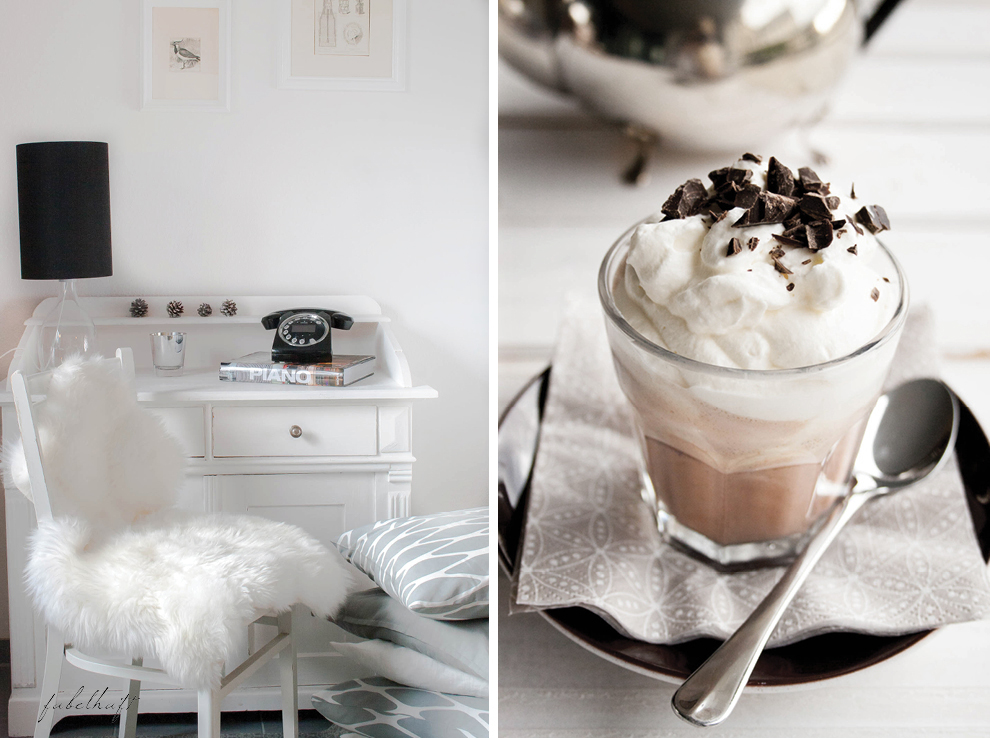 Telefontisch Lammfell Hot Chocolate1