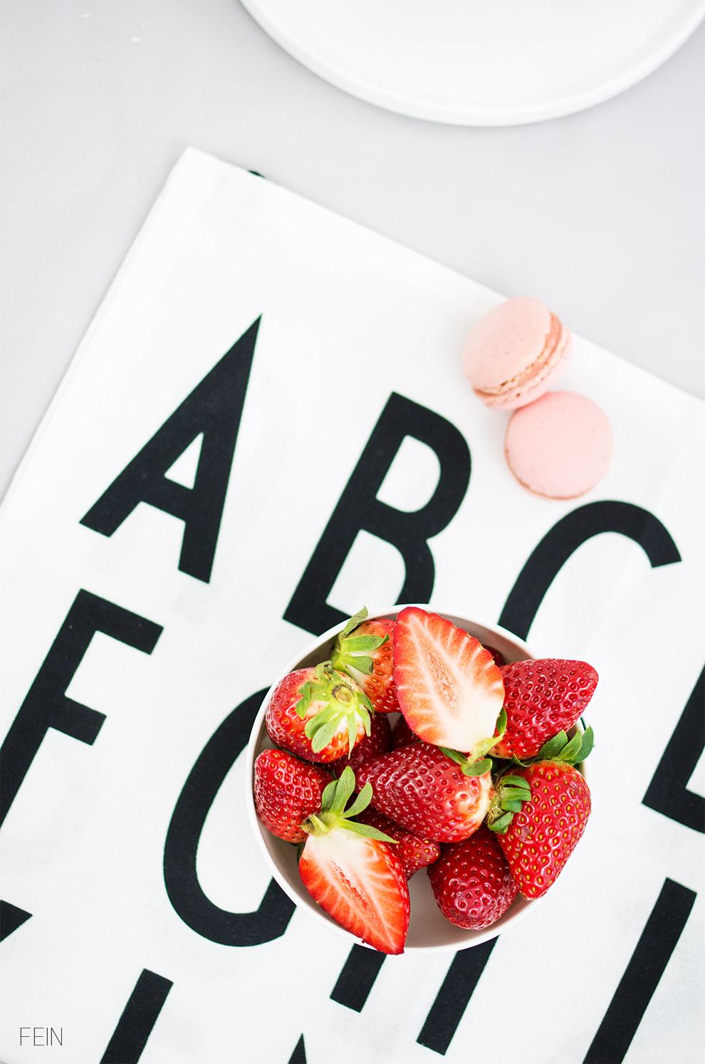 erdbeertorte Design Letters ABC