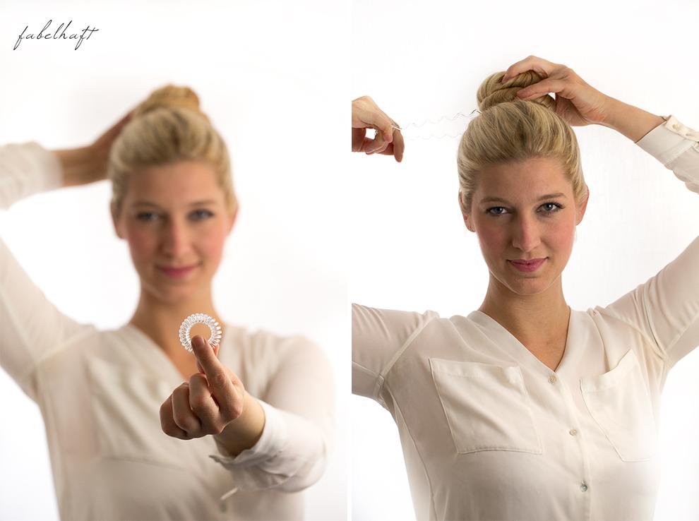 Basler Haarkosmetik langes Haar Blond Tutorial Frisuren Urban Hairstyle Messy Bun Loose Waves Dutch Crown Braid 8