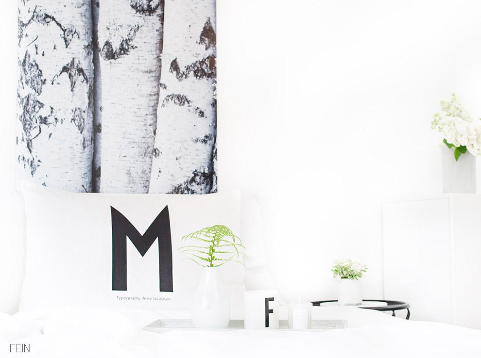 Schlafzimmer Design Letters Bett Kissen