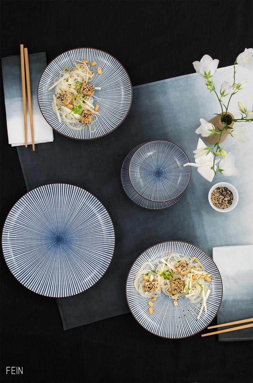 asia glasnudelsalat mit tofu im sesammantel. Black Bedroom Furniture Sets. Home Design Ideas