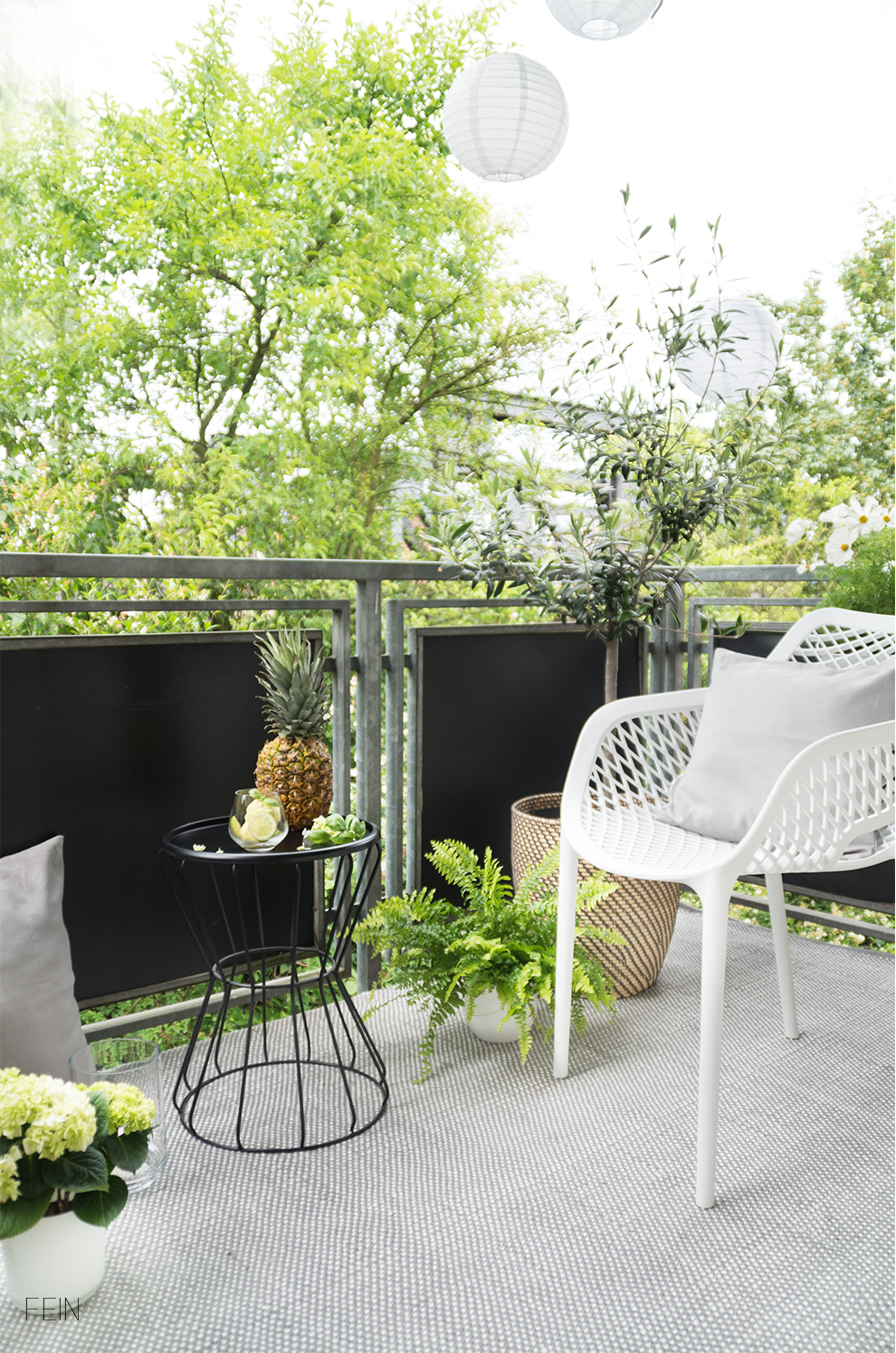 sommer auf dem balkon mit leckeren abk hlungen. Black Bedroom Furniture Sets. Home Design Ideas
