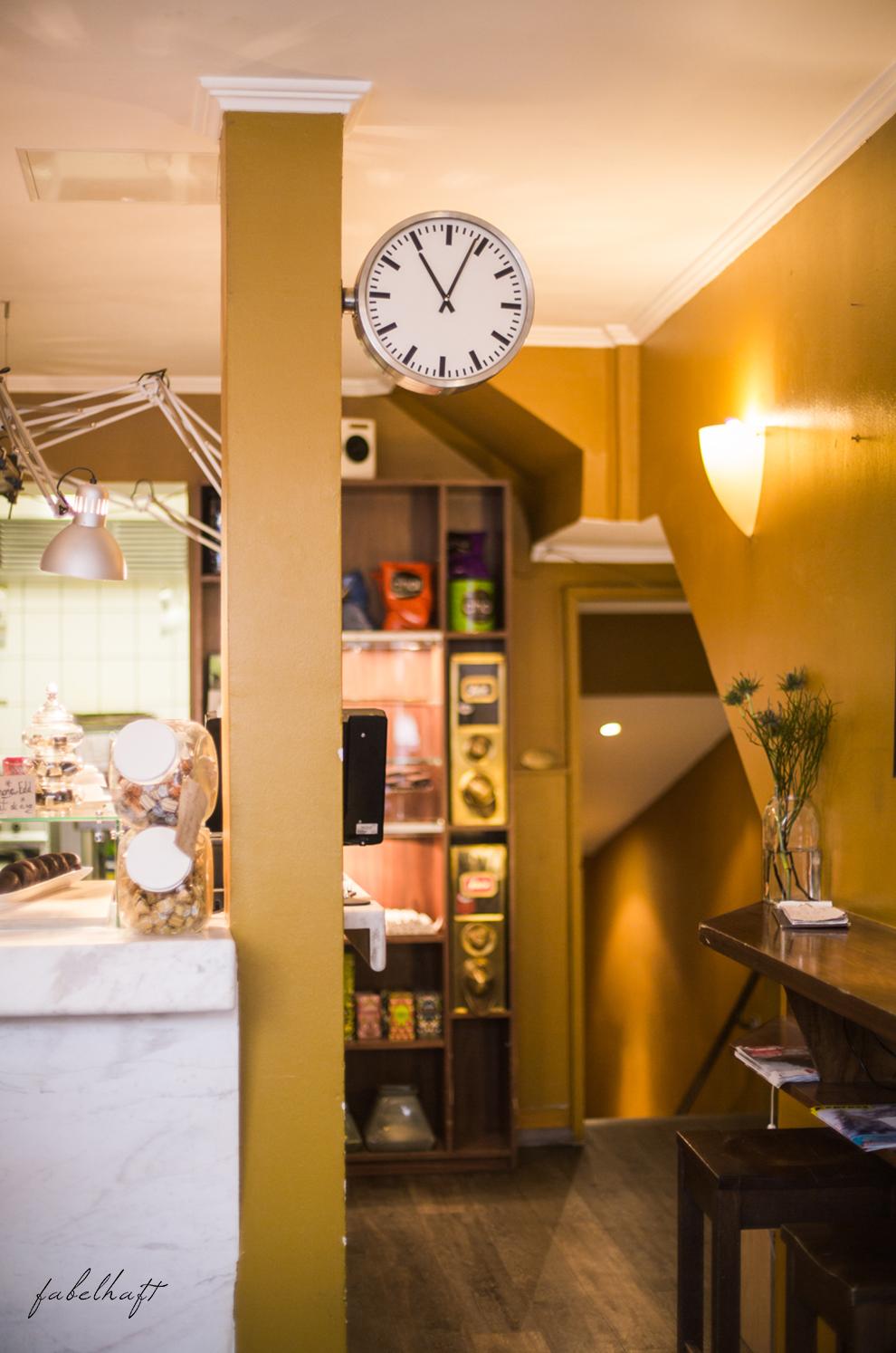 MotMot Jewellery fein und fabelhaft blog blogger café blond shooting brunch frühstück lifestyle outfit fashion 10