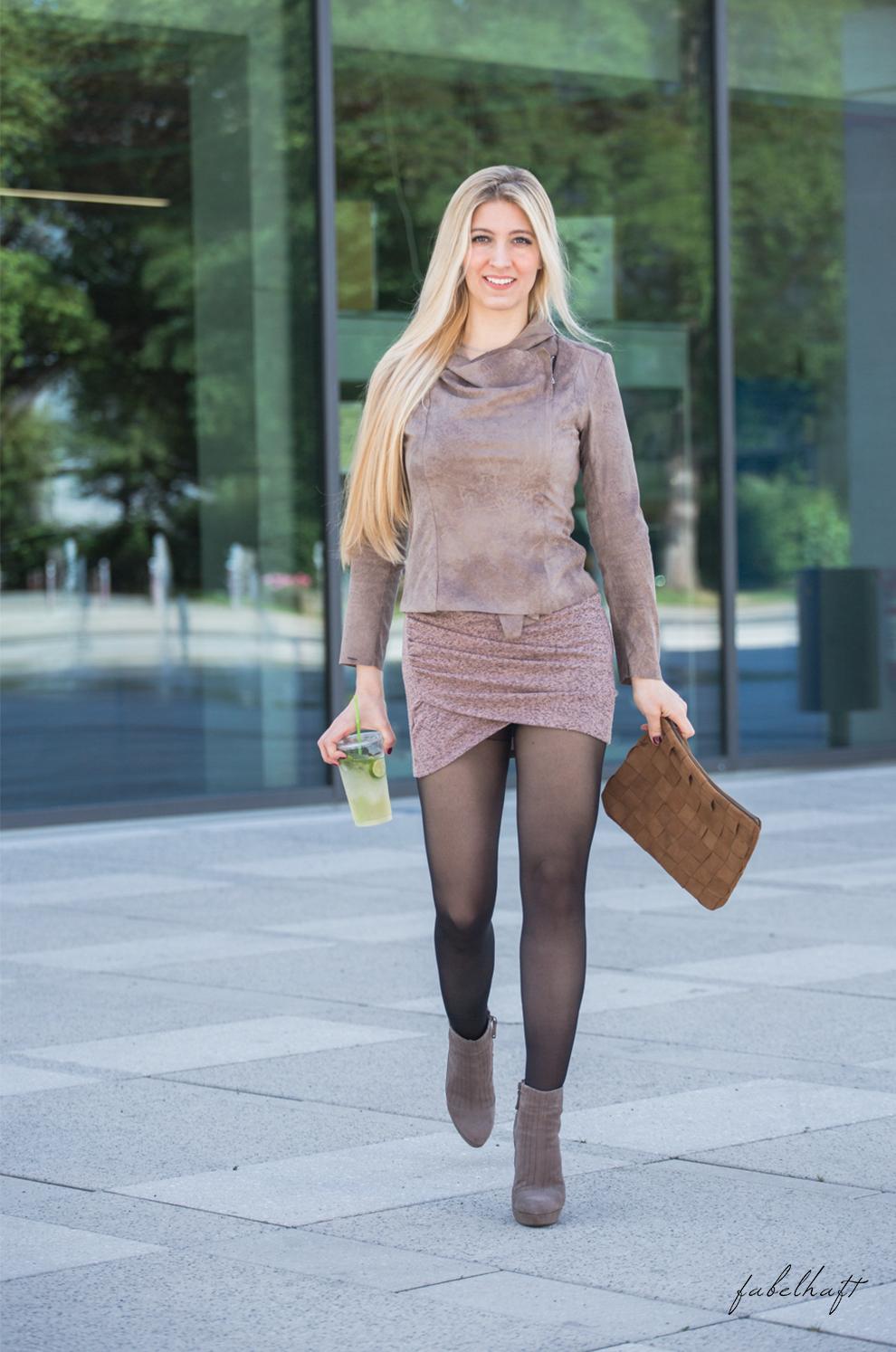 Frühsommer Outfits neutrals soft zarte Töne Farben Malve Beige Blush Rosé Blond Blogger Mode Fashion Trend Sommer 3