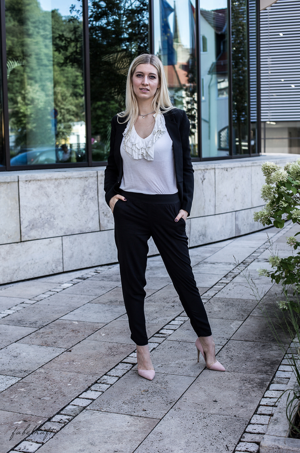Business Outfit Girlboss Kostüm Fashion Style Liebeskind Fein & fabelhaft Fashion Trend Reken Maar 5