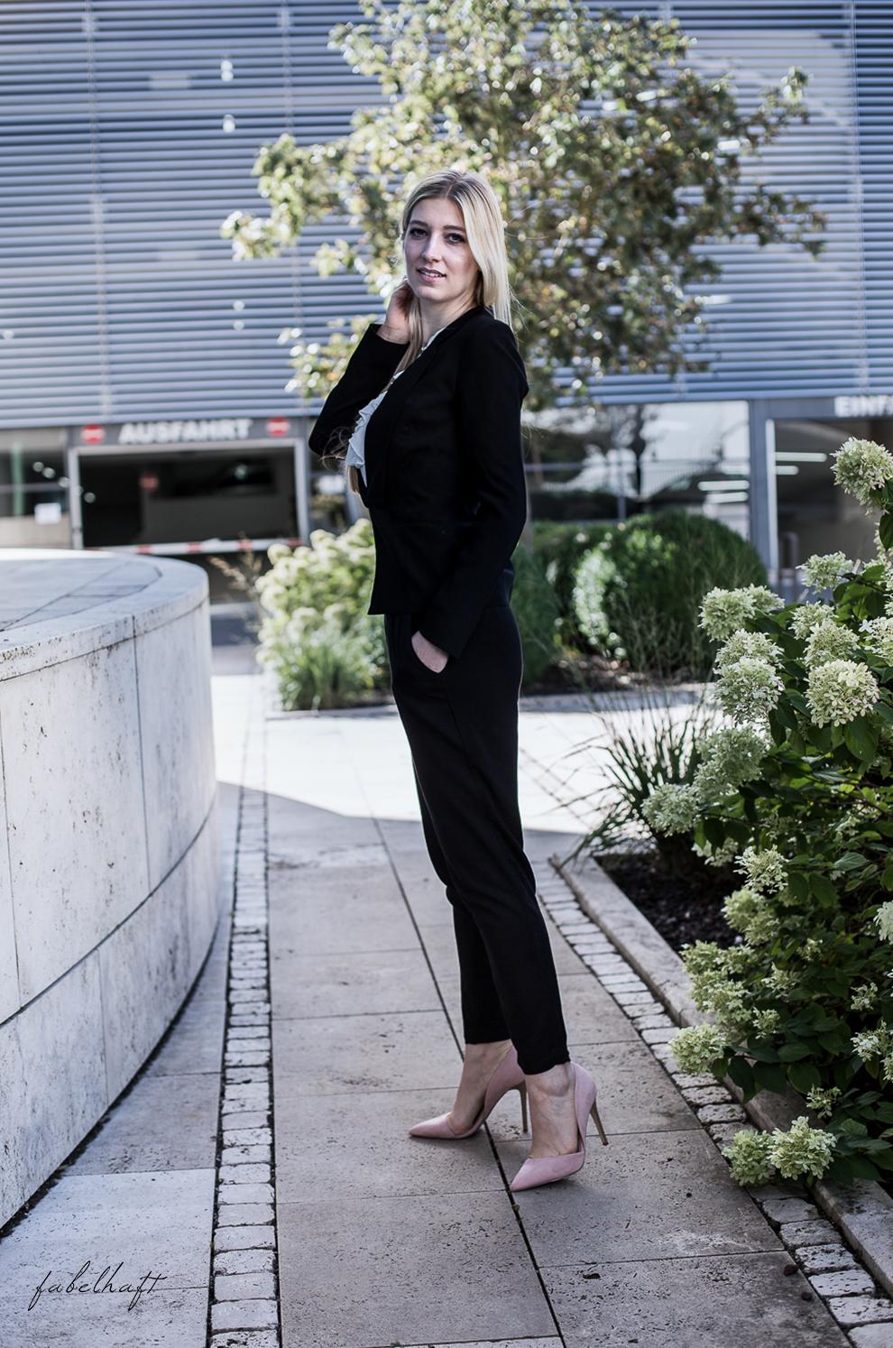 Business Outfit Girlboss Kostüm Fashion Style Liebeskind Fein & fabelhaft Fashion Trend Reken Maar 4
