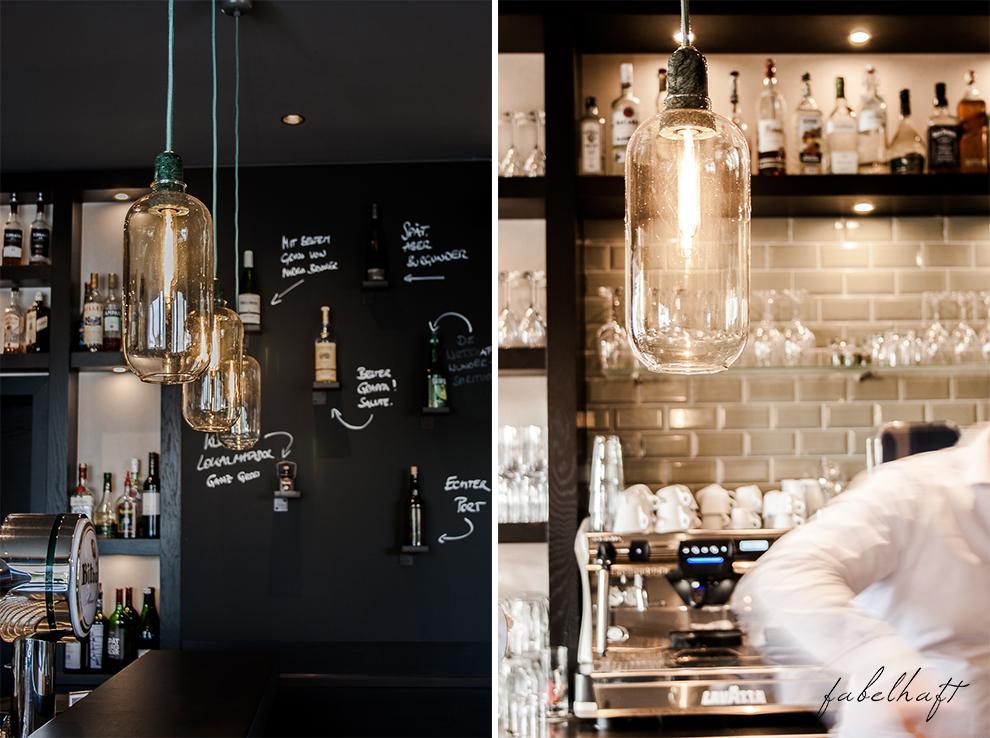 Marburg Restaurant Hotel Emils Bistro Fashion Plisseerock Weihnachten festlich grau Mode Trend 4