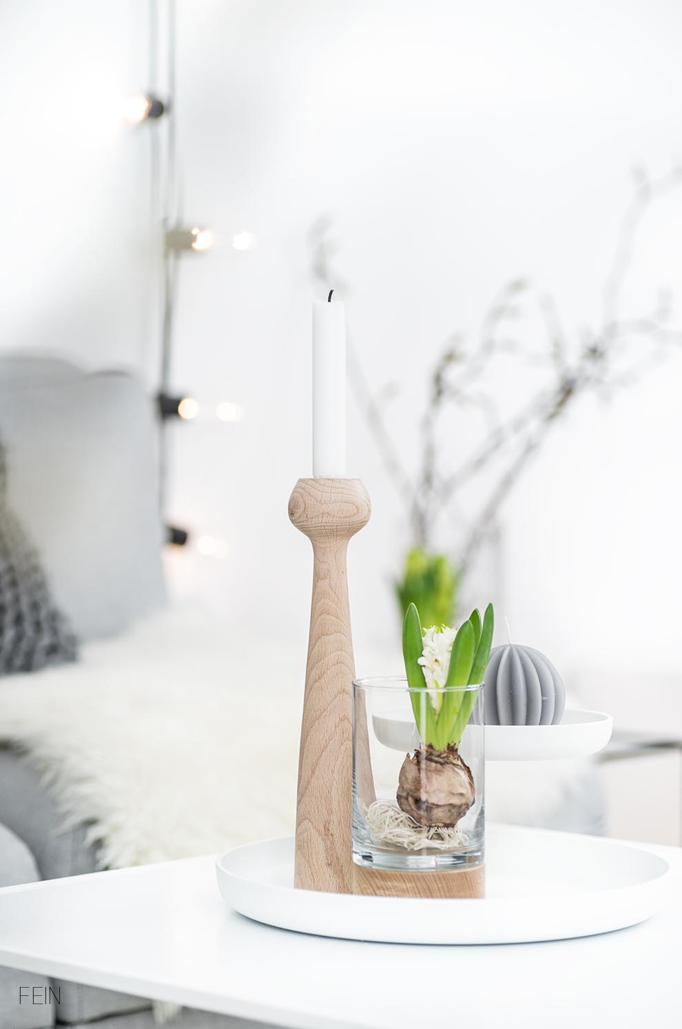 Wohnzimmer Styling grau weiß
