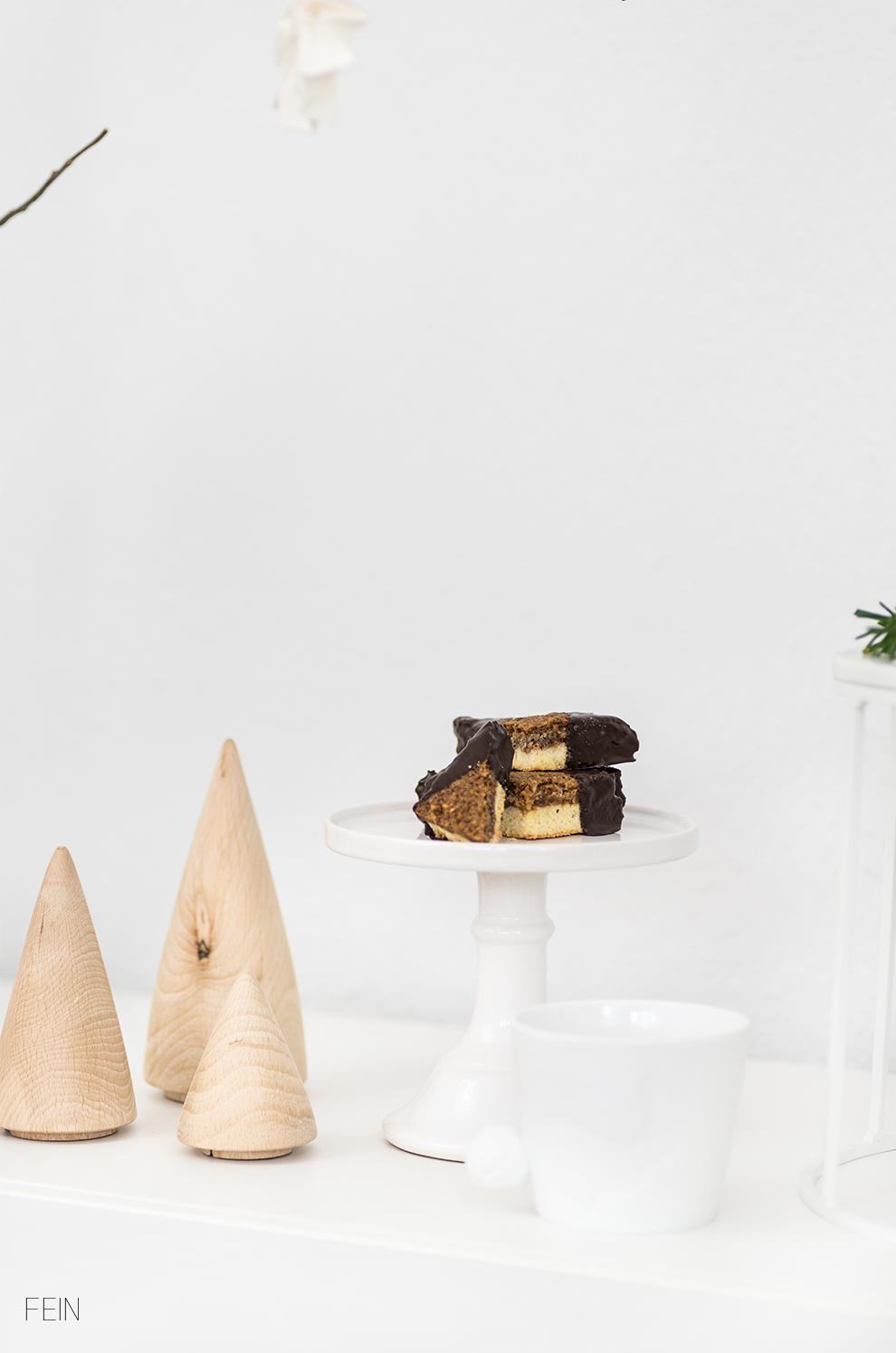Schoko Biskuit Torte Nussecken