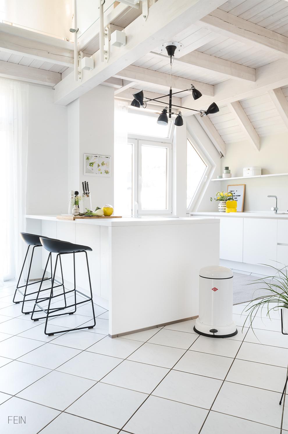 Küche weiß minimalistisch