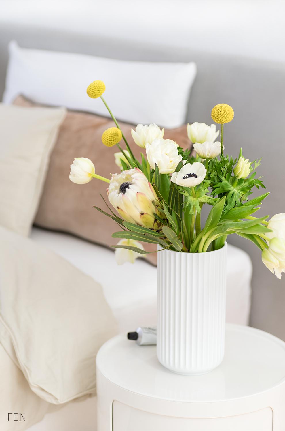 Beige Winter Blumen